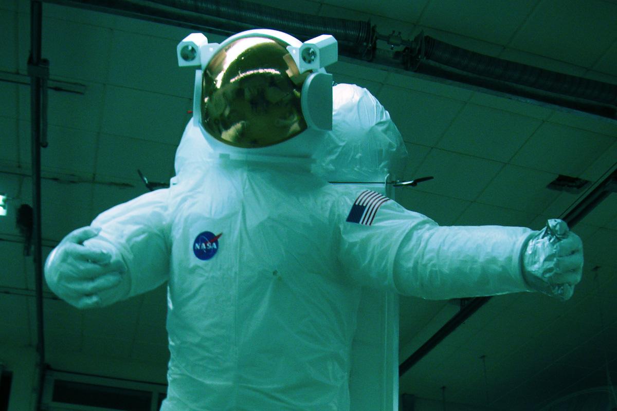 gal_astronaut_1